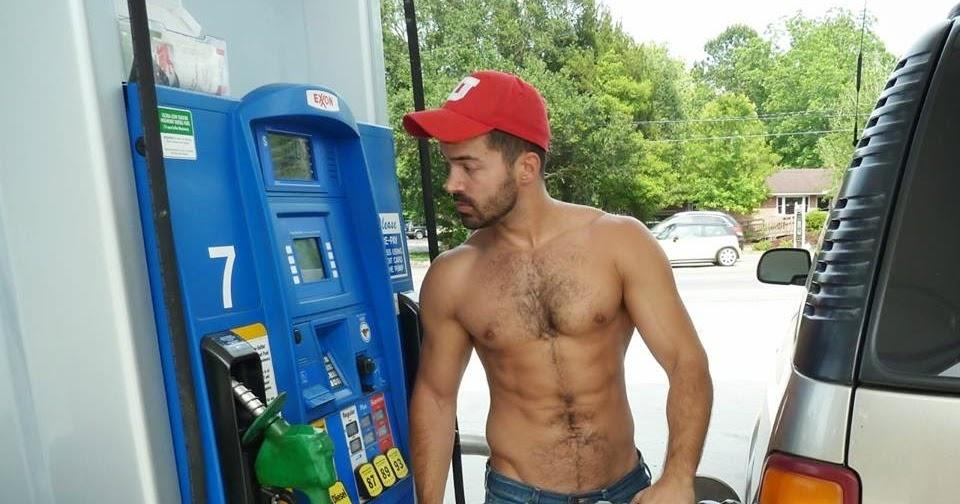 Georgia hunter finds naked TomorrowWorld festival-goer