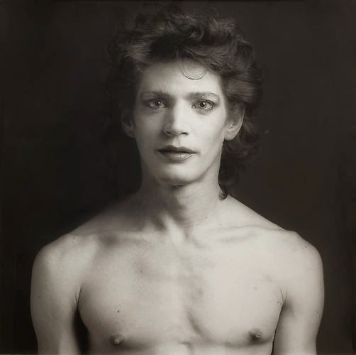 Robert Mapplethorpe, the boy's skull