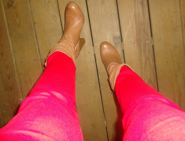 Red Skinny Jeans, Nine West Booties