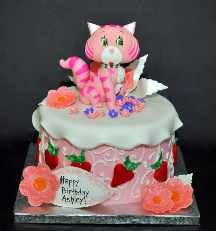 Và những chiếc Bánh kem hình con Mèo là sự lựa chọn số 1 cho người tuổi Mão.