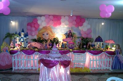 decoração de mesa de aniversário infantil