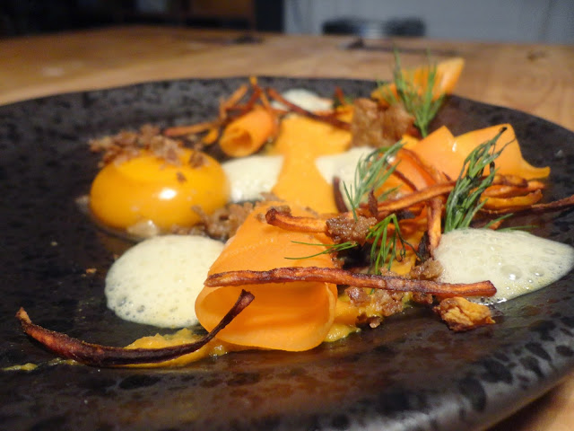http://emancipations-culinaires.blogspot.com/2015/03/assiette-sur-fond-de-frigo-carotte.html