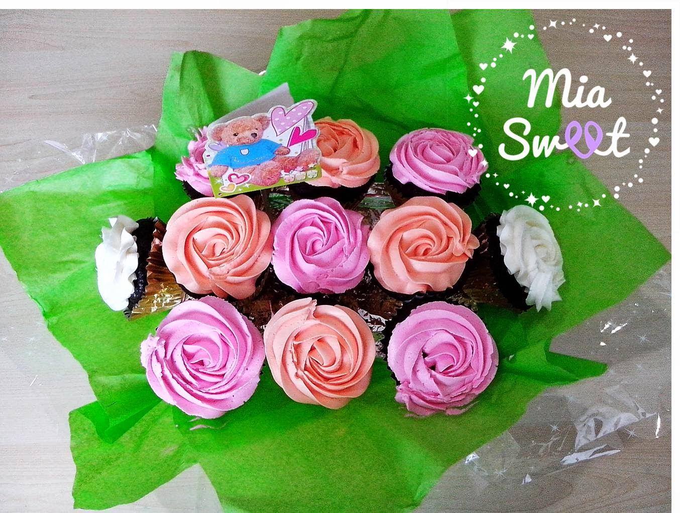 Cupcake Bouquet untuk Mbak Risyda ~ Mia Sweet
