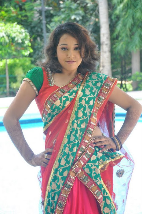 model zeba saree cute stills