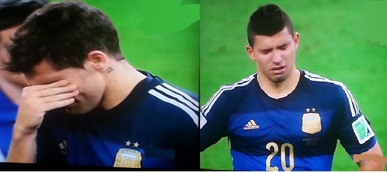 FIFA 2014 WC - Argentine players inconsolable after the defeat