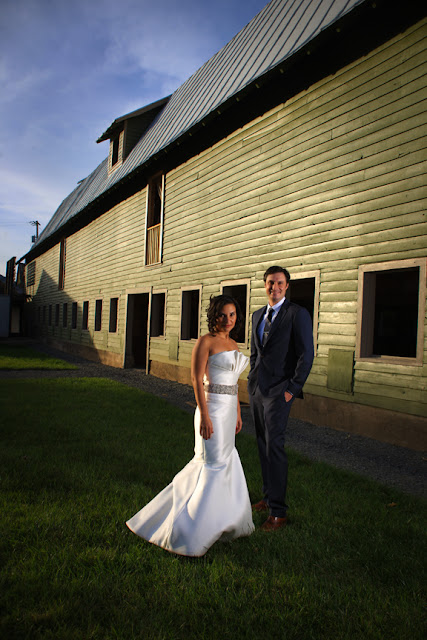 mount vernon farm bride and groom whysall photography