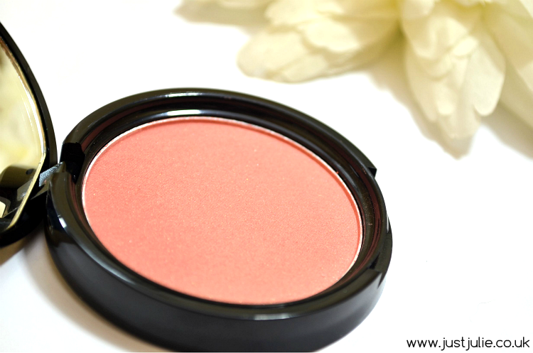 NYX Illuminating Face & Body Bronzer in 'Chaotic'