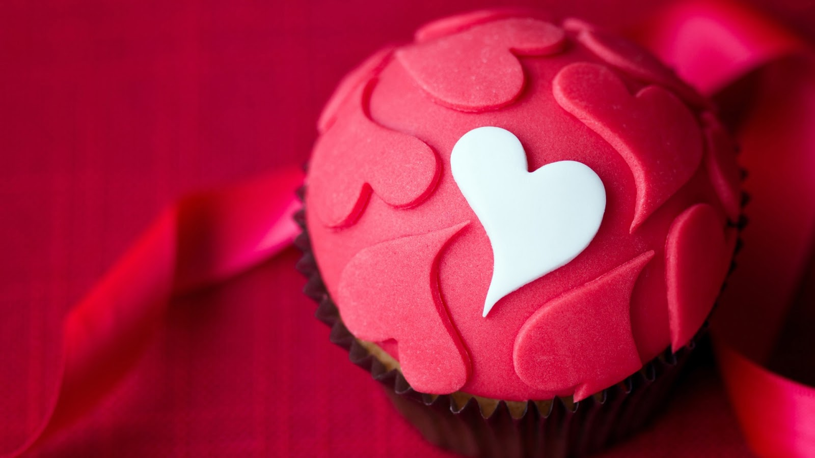 Love Cupcake 1920x1080 Wallpaper