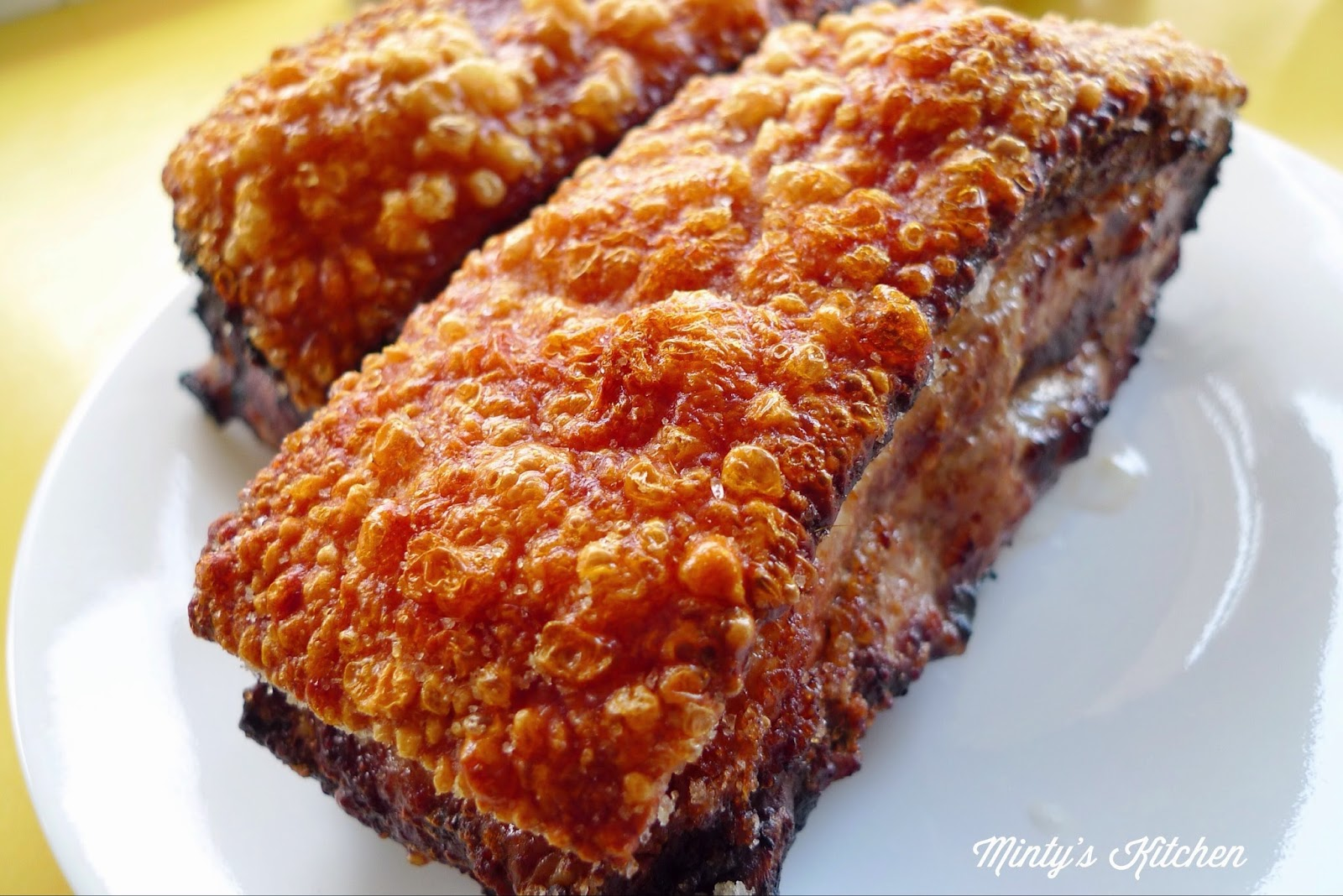 Minty's Kitchen: Crispy Roasted Pork Belly (脆皮燒肉)