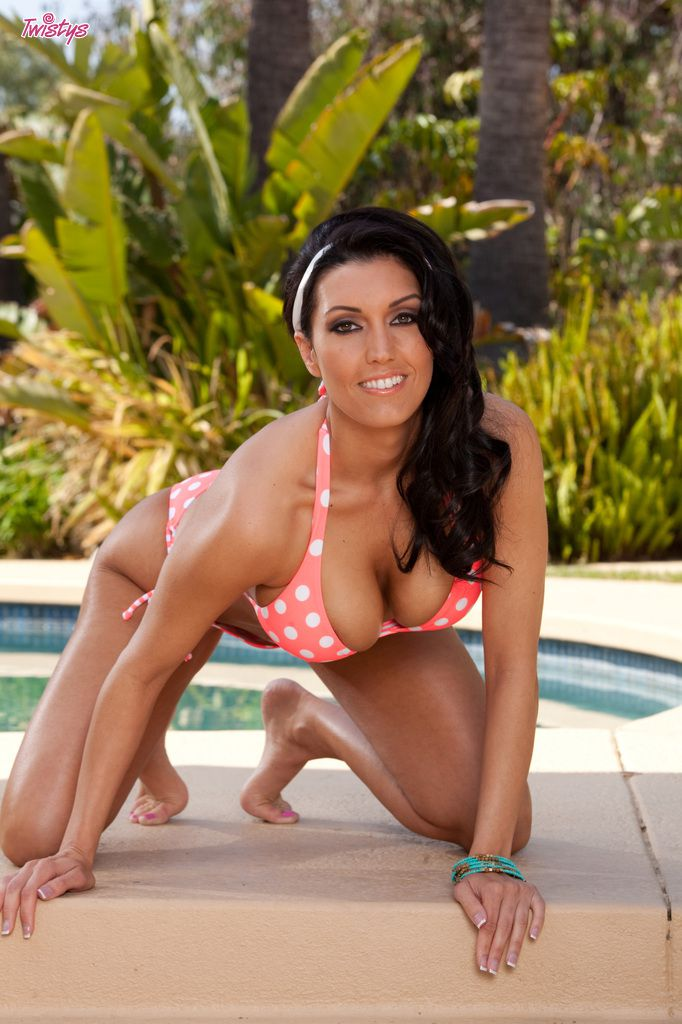 www.CelebTiger.com++SEXY+BABE+DYLAN+RIDERS+NUDE+OUTDOOR+ +POOL+TIME+or+PUSSY+TIME+027 Porn Star Dylan Ryder PoolSite Naked Poses HQ Photo Gallery