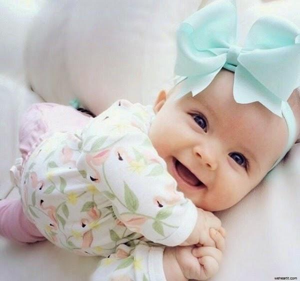 Une Image bébé fille mignonne