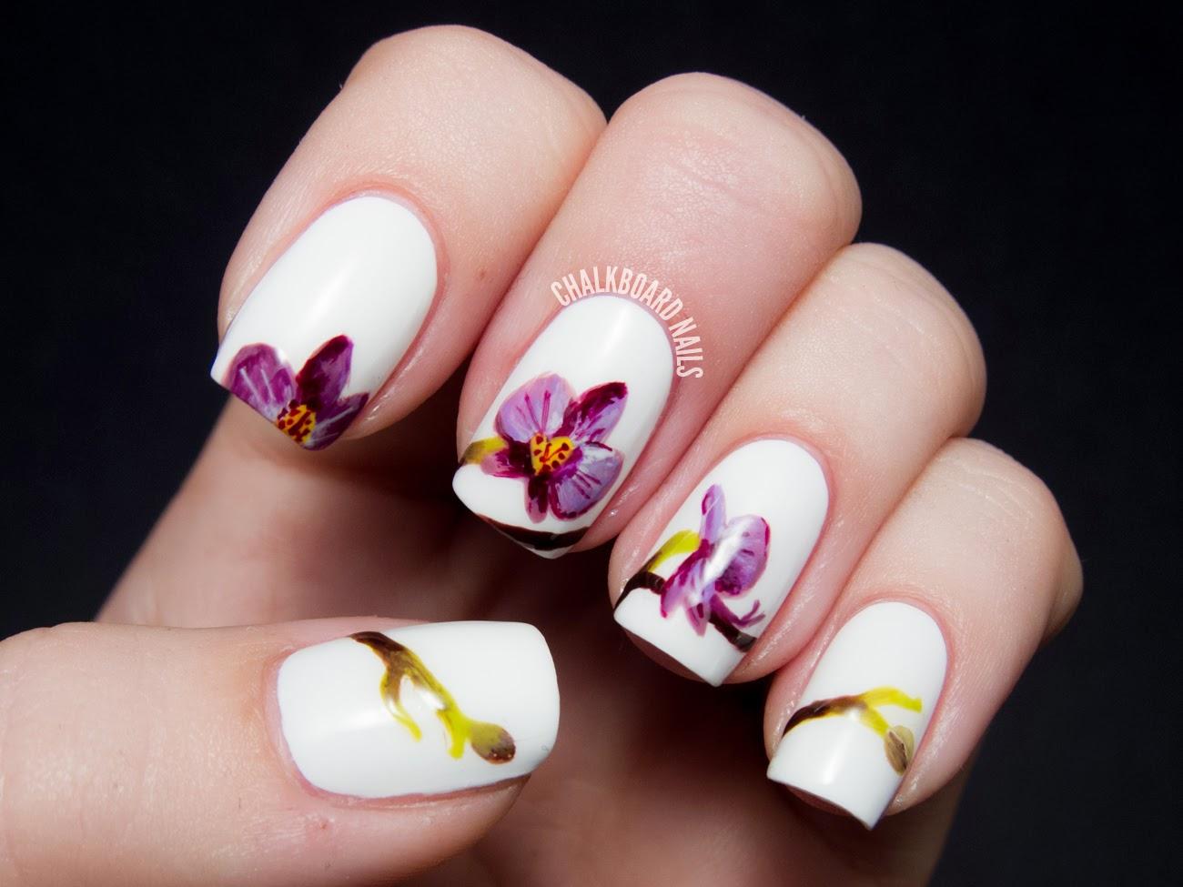 Фото ногтей с рисунком орхидеи