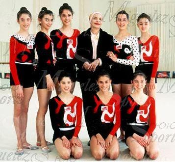 Lorena Guréndez, Marta Baldó, María Pardo, Emilia Boneva, Maider Esparza, Nuria Cabanillas, Tania Lamarca, Estela Giménez y Estíbaliz Martínez