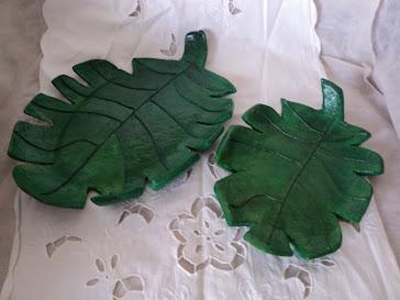 Cuencos forma de hojas dos tamaños