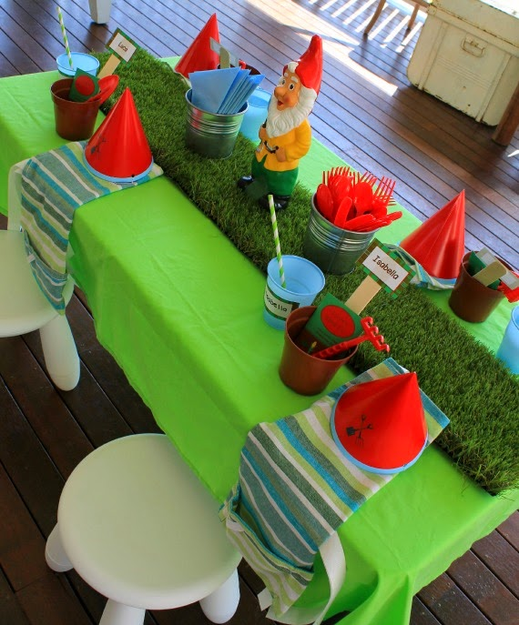 Gardening themed kids birthday party at Love That Party. www.lovethatparty.com.au