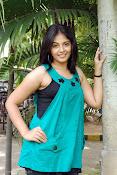 Actress Anjali New Photos, Anjali hot photoshoot stills-thumbnail-15