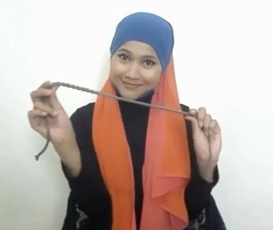 Tutorial hijab Untuk Wanita Hanya Dengan Seutas Tali Part 1