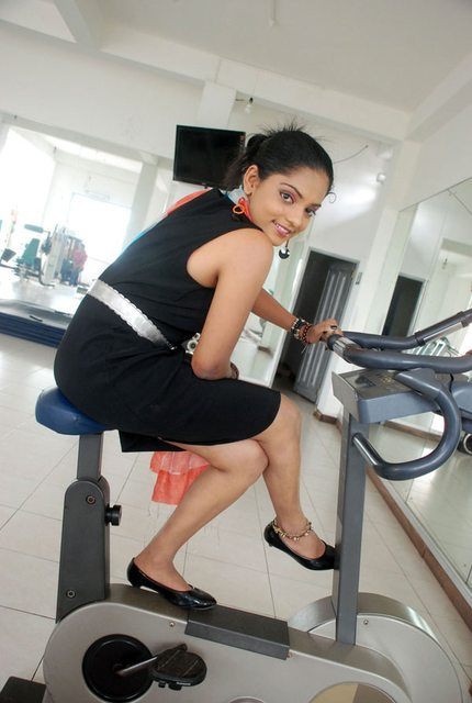Sri Lankan actress Prathibha Hettiarachchi Hot