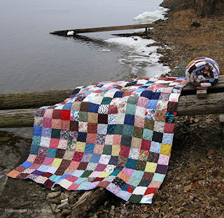 9 Patch quilts by the Mississippi River at Freemotion by the River