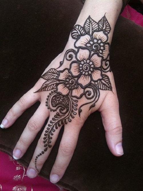 Dịch vụ vẽ henna đẹp