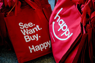 tote bags that say: See. Want. Buy. Happy