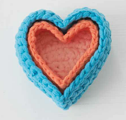 Crochet Patterns Large Hook : http://www.ravelry.com/patterns/sources/big-hook-rag-crochet/patterns