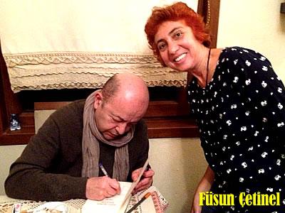 Fulya Füsun Çetinel ve Selim İleri kitap imzalarken
