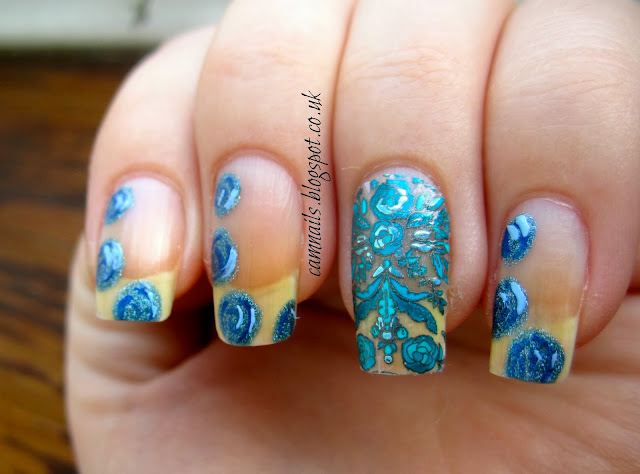 fashion-roses-revlon-marchesa-nail-stickers-wraps-nude-blue-manicure-nail-art
