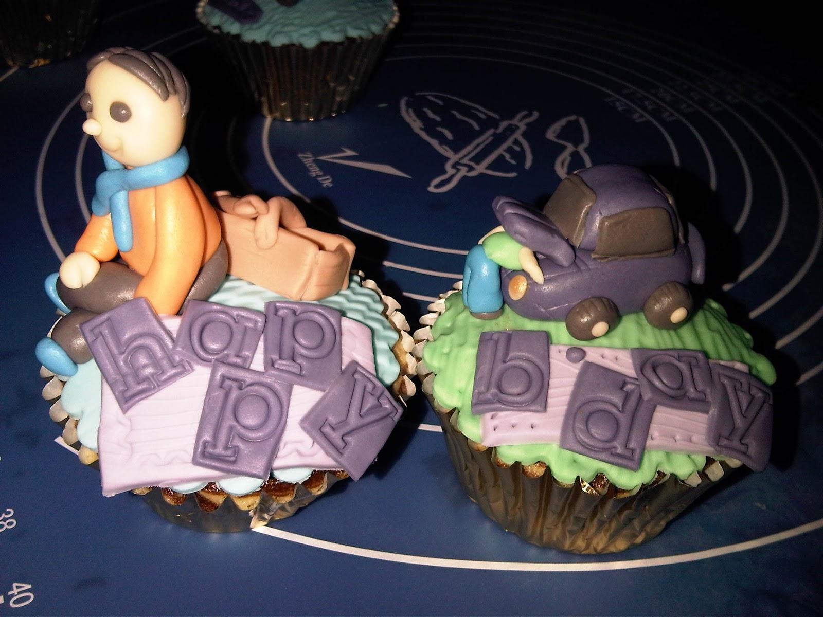 Sike Cupcakes Cupcake Band Set Isi 4 For Birthday 1 Kali Ini Pesenan Mba Dini Rekan Kantor Untuk Ultah Suaminya Biar Surprise Tiap Adalah Hobby Dari Main Drum Gitar Ngoprek Mesin Mobil