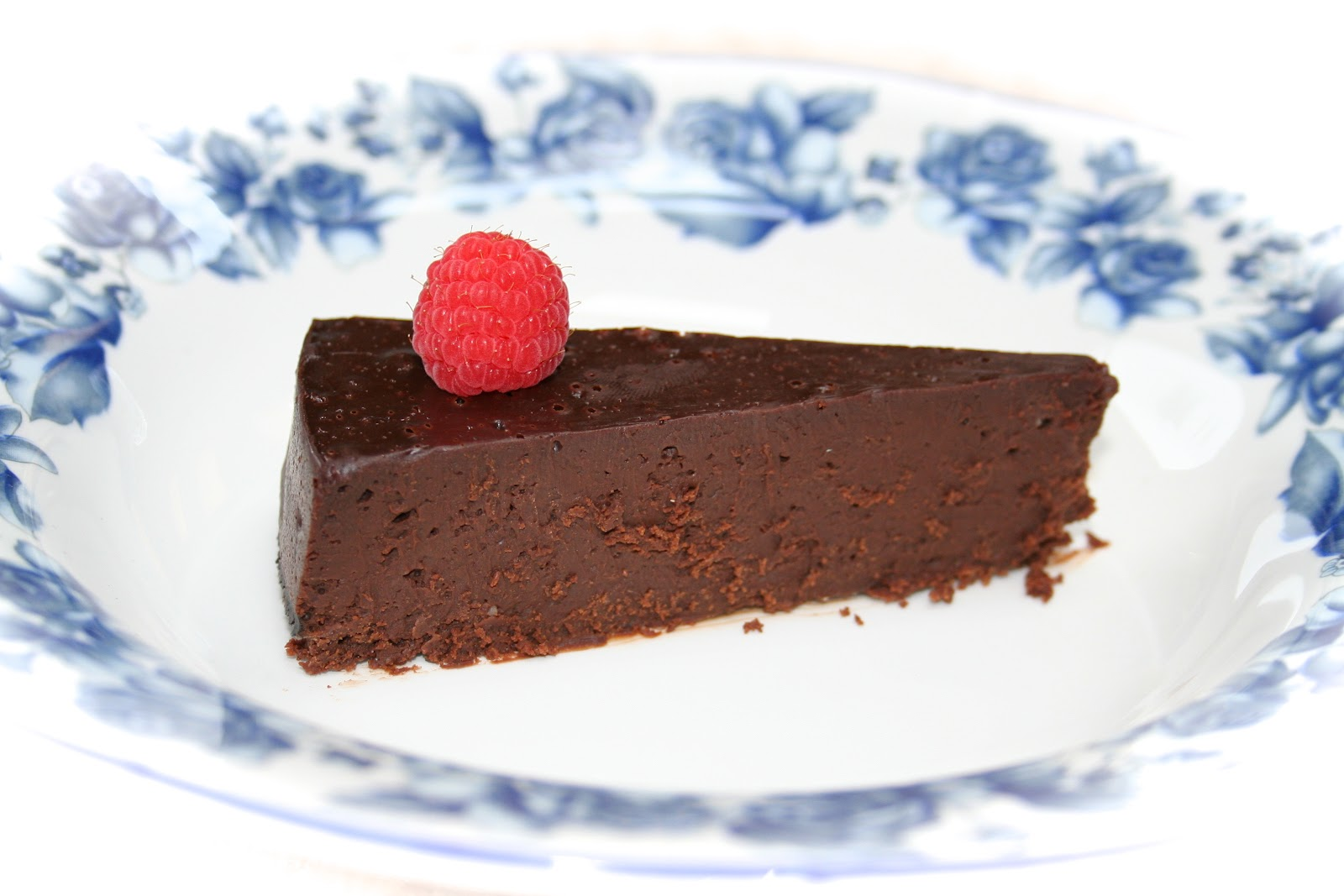 Budget Paleo...Made Easy: Flourless Chocolate Torte for Special ...