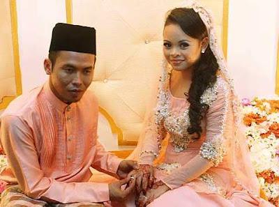 Gambar Majlis Pernikahan Shuib Sepah Dan Siti Sarah