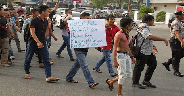 DPR Soroti Kemenag Terkait Bentrok Massa di Aceh Singkil