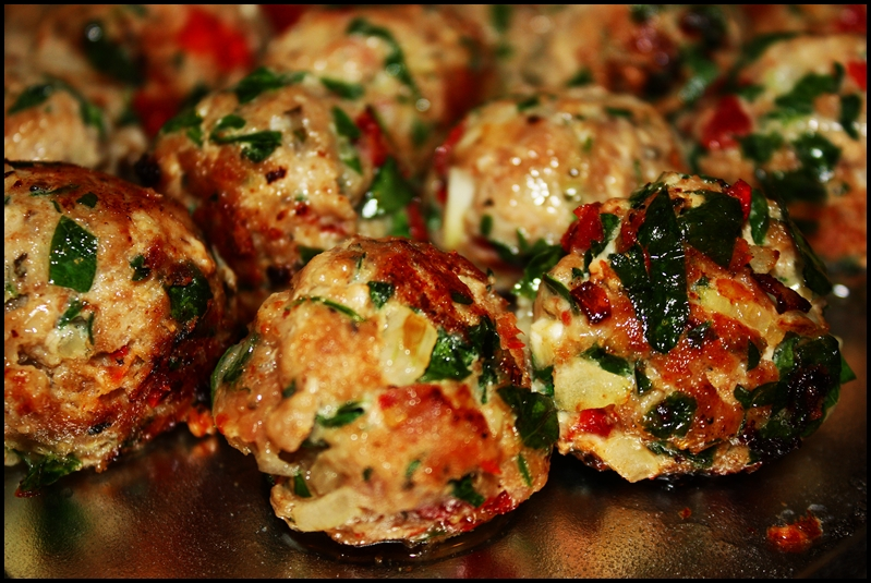 Turkey Meatballs With Tomatoes And Basil Recipe — Dishmaps
