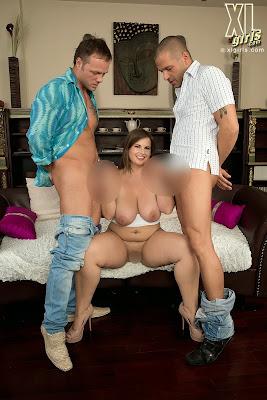Maggie_Doubles Her Pleasure_4