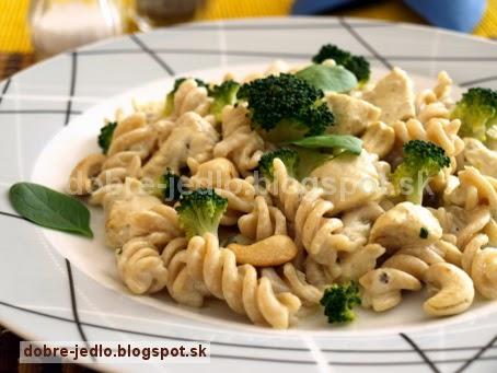 Cestoviny s kuracím mäsom a brokolicou - recepty