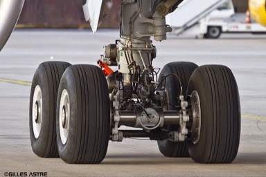 A350 Xwb News 2000 Parts In The A350 900 S Main Landing Gear