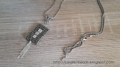 Necklace cubic raw and square metal beads