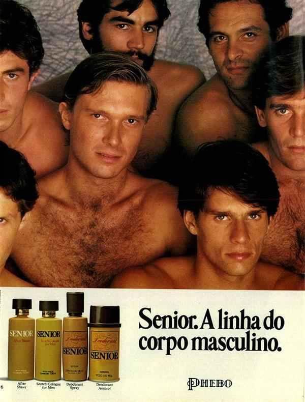 Propaganda da linha masculina da Phebo com vários homens amontoados em olhares provocantes.