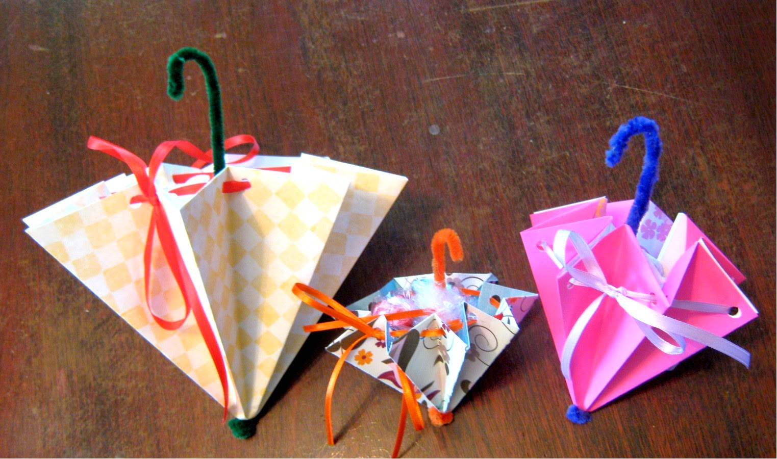 How to make an umbrella gift, decoration, party favor