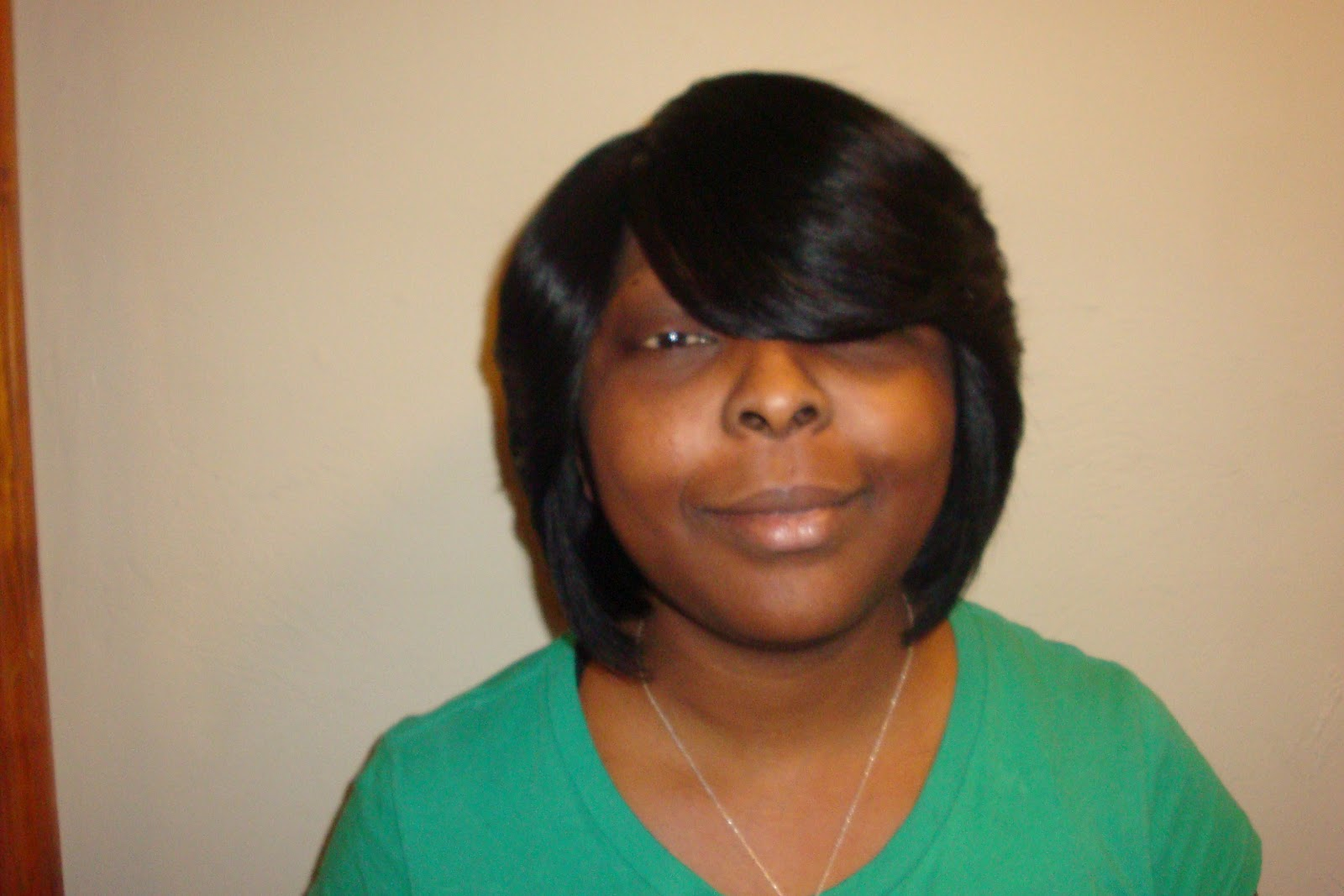HAIR DESIGNS: Look Book:Sew-ins, Bobs,Short-cuts, Ridges, Invisible