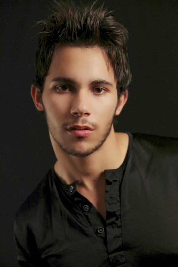 Most beautiful eyes male celebrity