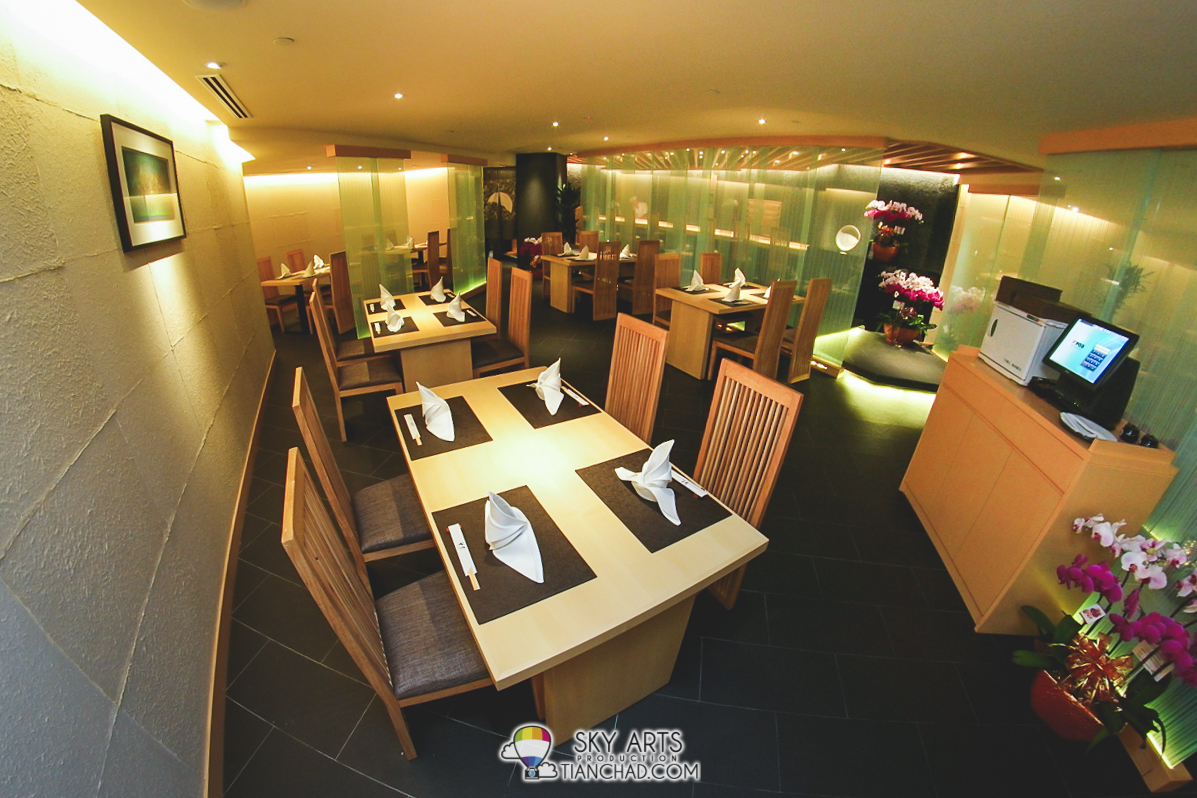 Plenty of 4-6 seated table to serve you at HANAYA Japanese Dining