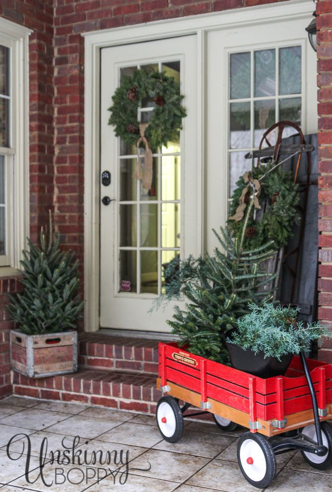 Country vintage holiday decorating ideas for your front - Vintage front porch decorating ...