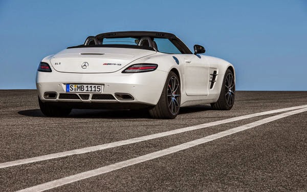 New 2016 Mercedes-Benz AMG GT Roadster Review