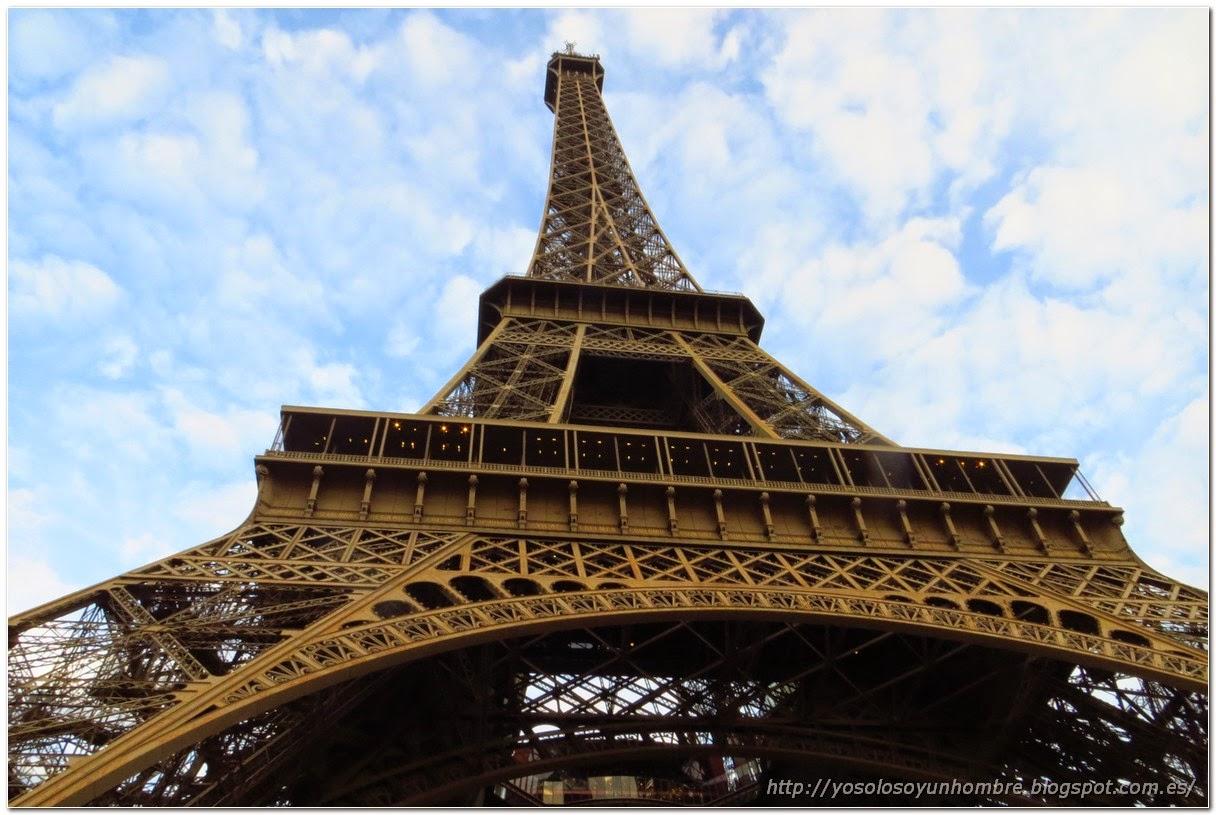 Impresionante la torre Eiffel