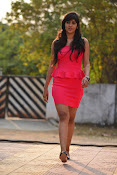 Chandini Chowdary sizzling pics-thumbnail-10