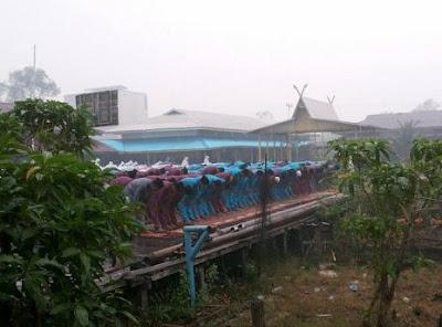 UNIK...Hujan Deras Turun Ketika Jamaah Sedang Khusyu' Shalat Istisqa
