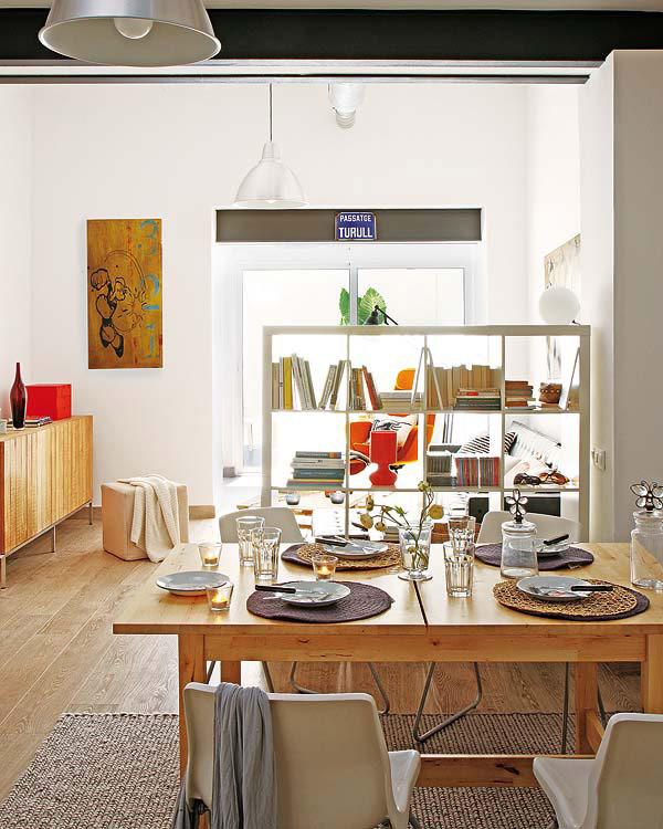 Peque o apartamento en barcelona con soluciones de dise o for Diseno de interiores barcelona