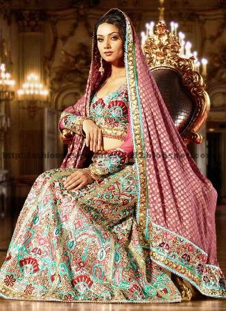 Best-Indian-And-Pakistani-Bridal-Dresses