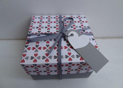patscrap boites en papier lien vers tuto. Black Bedroom Furniture Sets. Home Design Ideas